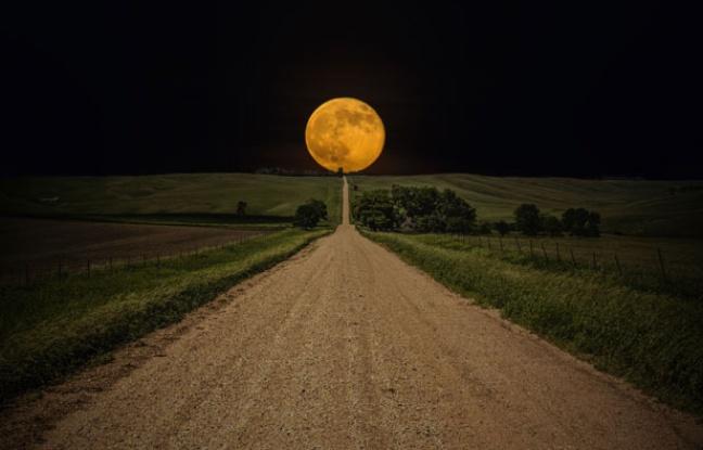 648x415_exemple-super-moon-observes-18-Octubre-2013-dakota-south-usa